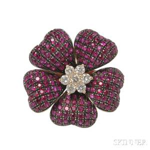 18kt Gold Ruby and Diamond Flower Ring
