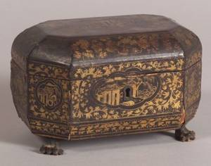 Chinese Export Gilt Decorated Black Lacquer Tea Caddy