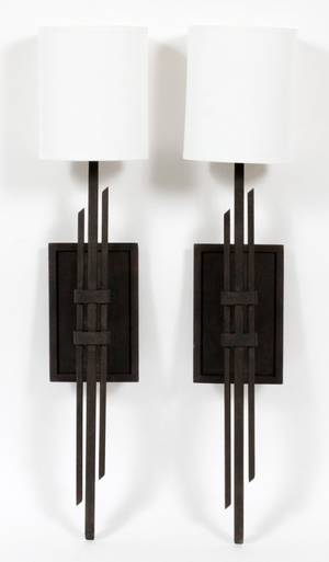 CONTEMPORARY SINGLELIGHT BRUSHED METAL SCONCES