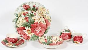 NIKKO PORCELAIN ENGLISH GARDEN DINNER SERVICE