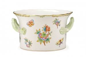 Herend Queen Victoria Porcelain Cache Pot