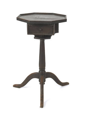 Pennsylvania Queen Anne walnut candlestand late 18th c