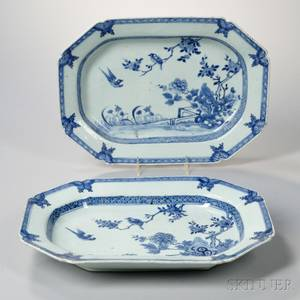 Pair of Blue and White Export Porcelain Platters