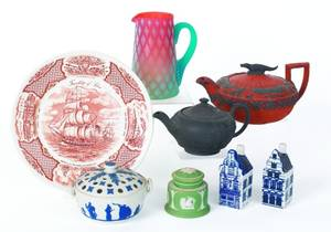 Collection of pottery and glass to include Wedgwood