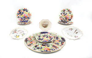Rare Gaudy Welsh circular eleven piece condiment set