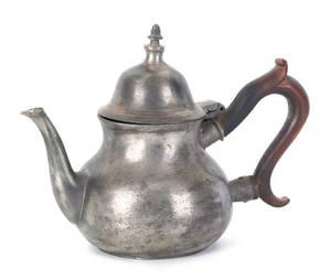English pewter teapot late 18th c