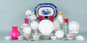 Misc group of porcelain and glass