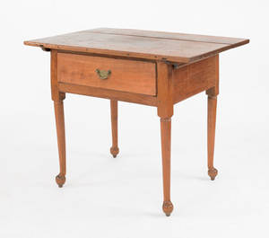 Pennsylvania Queen Anne walnut tavern table ca 1760