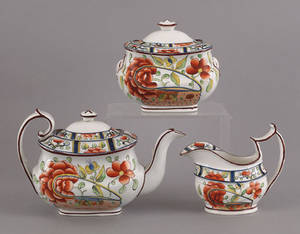 Gaudy Dutch tea service in the oyster pattern