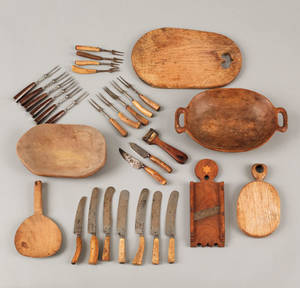 Seven pieces of miscellaneous woodenware 19th c