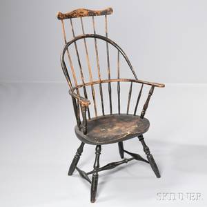 Sackback Windsor Chair with Comb