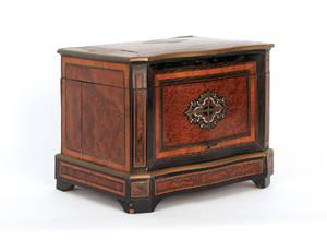 Victorian burl veneer cordial case