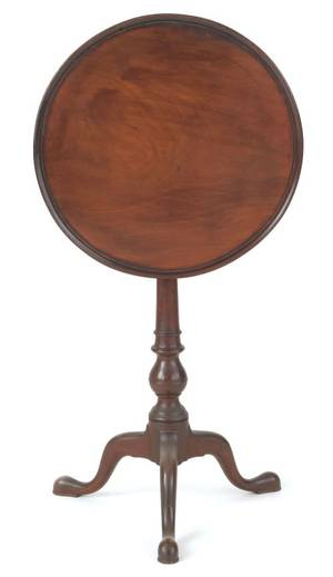 Pennsylvania Queen Anne walnut candlestand ca 1770