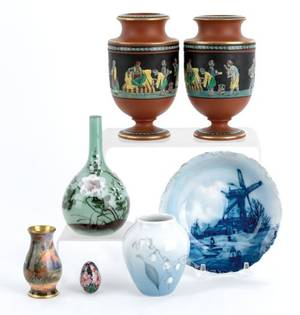 Miscellaneous group of pottery and porcelain to include a pair of jasperware urns