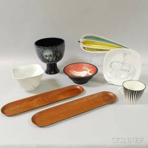 Eight Midcentury Modern Design Ceramic and Wood Items