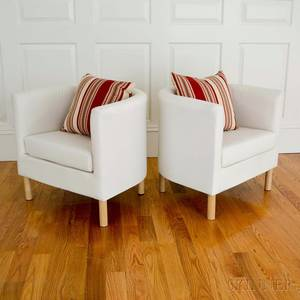Pair of Ecru Muslinupholstered Diminutive Club Chairs with Maroon Accent Cushions