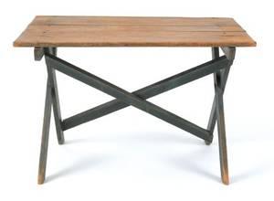 Pine sawbuck table 19th c