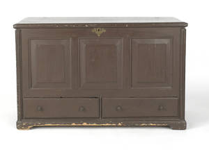 Long Island New York William  Mary white cedar painted blanket chest ca 1740