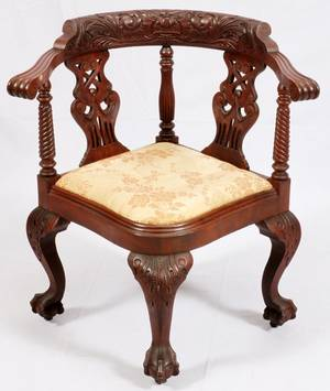 CHIPPENDALE STYLE MAHOGANY CORNER CHAIR C 1920