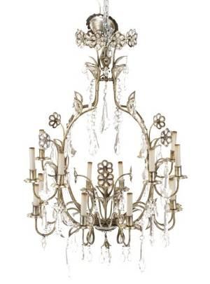 Venetian Style Sixteen Light Chandelier