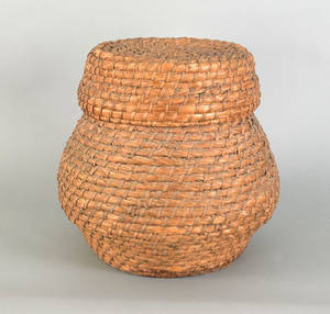 Large Pennsylvania rye straw basket and cover mid 19th c