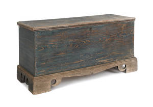 Delaware painted hard pine blanket chest ca 1780