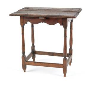 Pennsylvania pine and walnut tavern table