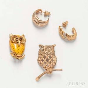 Two 14kt Gold Owl Brooches