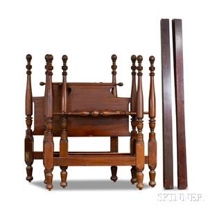 Pair of Federalstyle Carved Mahogany Twin Beds
