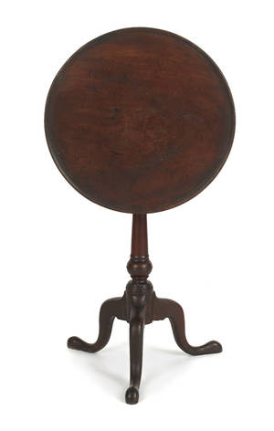 Delaware Valley Queen Anne walnut candlestand ca 1760