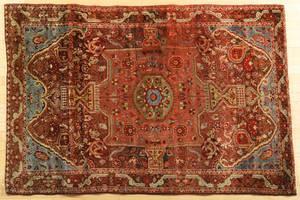 Ferraghan carpet early 20th c