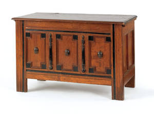 Connecticut Pilgrim century oak blanket chest late 17th c