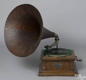 Victor talking machine with an oak horn