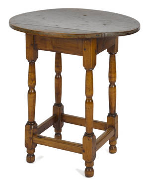 Diminutive New England maple tavern table late 18th c