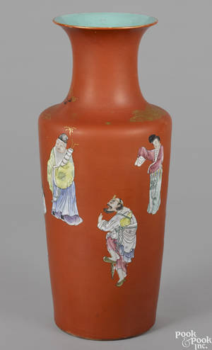 Chinese famille rose vase 19th c