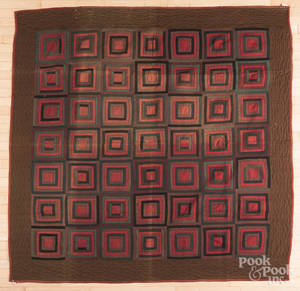Amish log cabin variant quilt