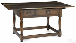 Pennsylvania walnut tavern table ca 1790