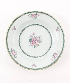 Chinese Export Porcelain Bowl wFloral Motif