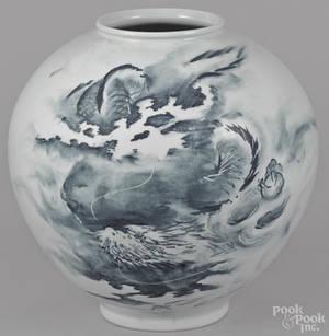 Korean blue and white porcelain vase