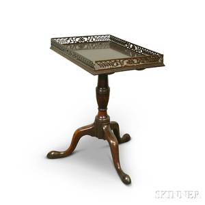 Queen Annestyle Mahogany Tea Table with Pierced Gallery