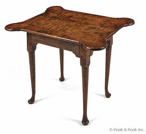 New England Queen Anne tiger maple tavern table ca 1765