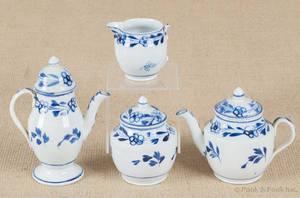 Miniature pearlware fourpiece tea service