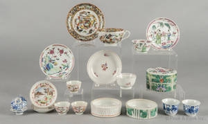 Miscellaneous group of Chinese export porcelain