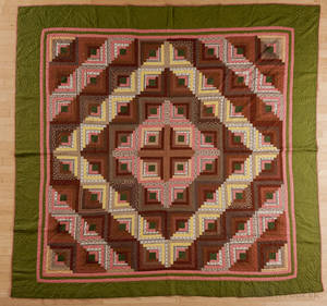 Pieced log cabin quilt late 19th c
