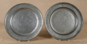 Two English pewter chargers ca 1725