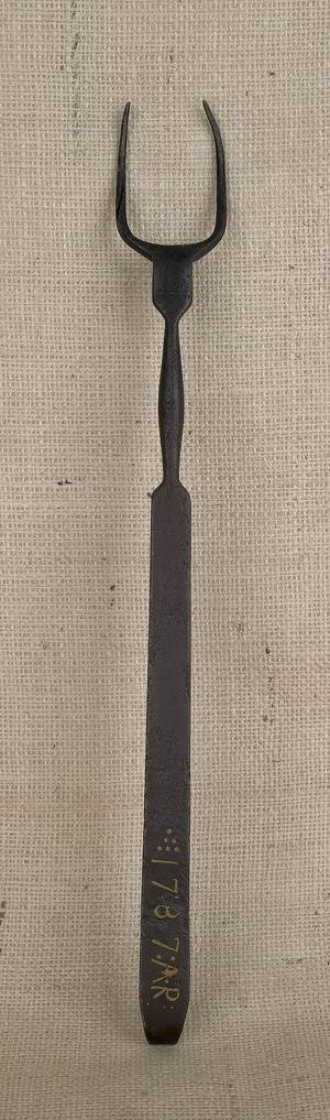 Pennsylvania wrought iron flesh fork with brass inlay