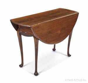 New England Queen Anne walnut drop leaf table ca 1770