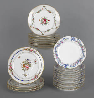 Set of eleven French porcelain plates