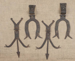 Two pair of wrought iron hinges ca 1800