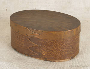 Shaker grain painted bentwood box mid 19th c